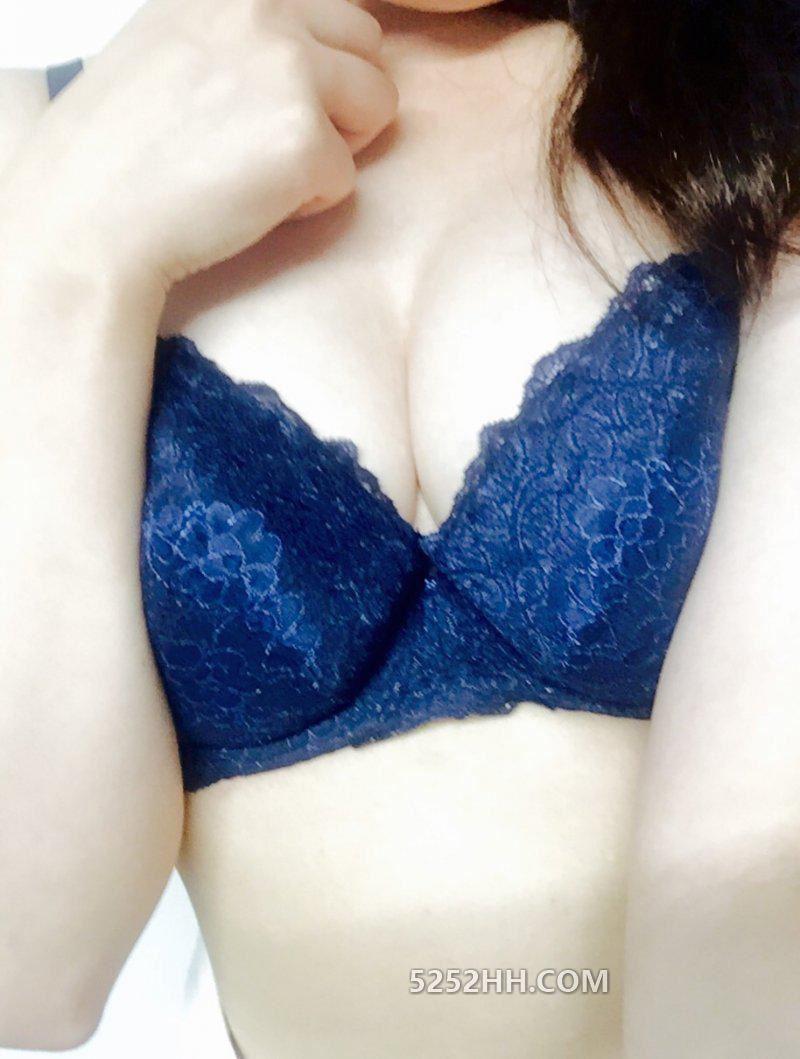 极品网友的美乳诱惑[15P]