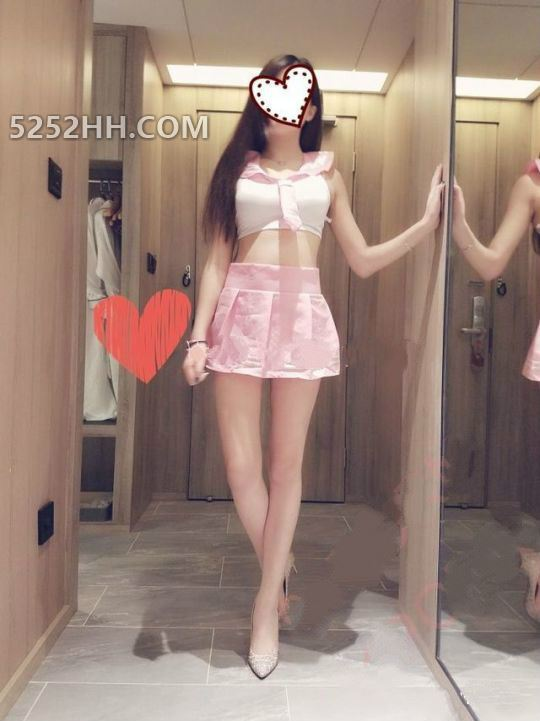 小仙女的裙子感觉愈来愈短开始转动她修长的美腿, 想干嘛呢[17P]